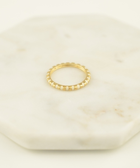 Rosie Gold Leaf Ring - Antique White