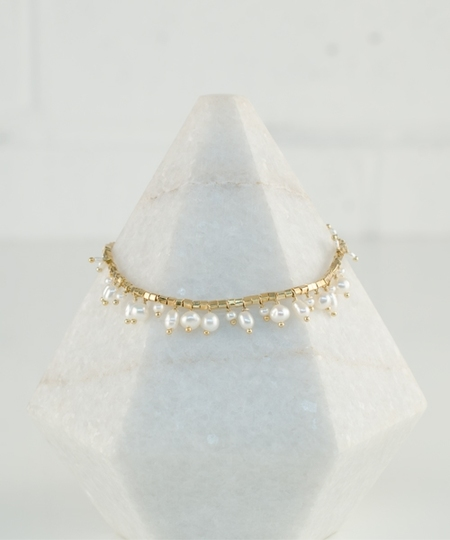 8a24f42287bec Linon Freshwater Pearls Bracelet - by 5 Octobre