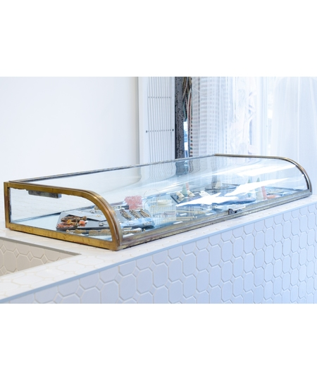Antique Curved Display Case Nº4