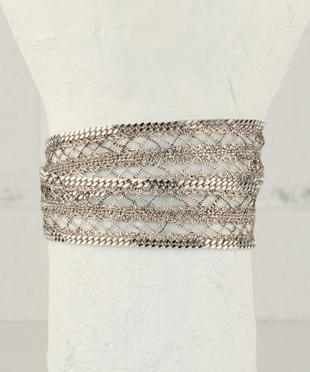Roller White Bracelet / Choker